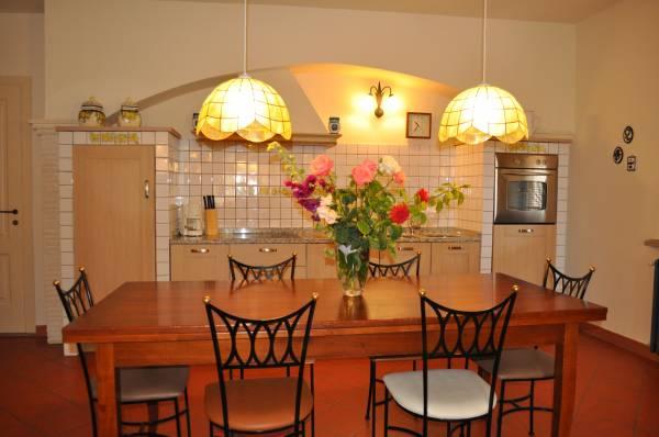 """Sala da pranzo e cucina """"Quercia"""""""